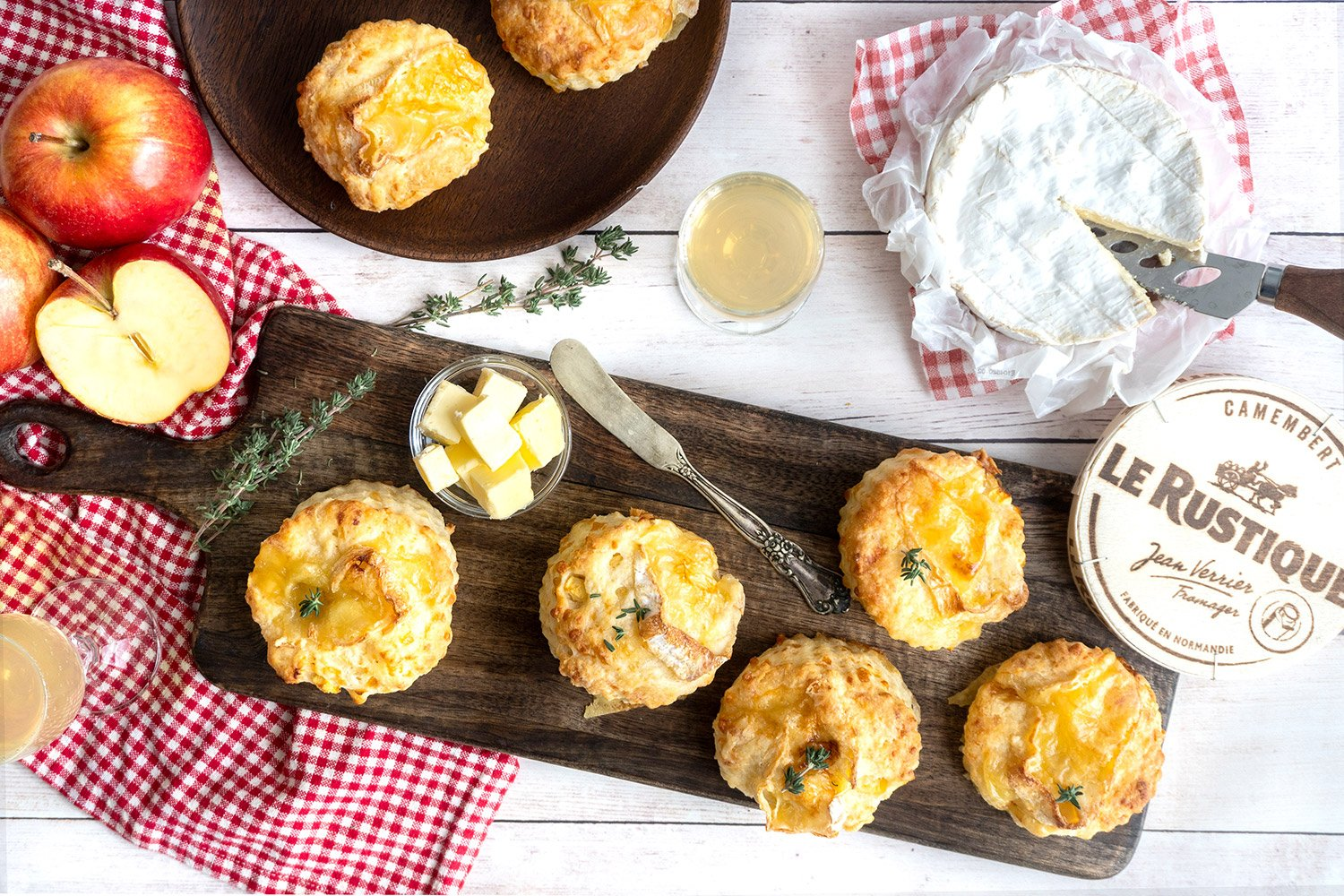 Recipe -  Grand Agropur Cheddar, apple and camembert Le Rustique scones